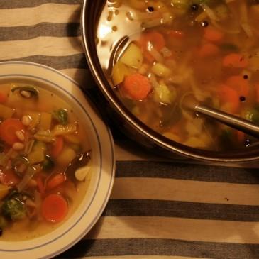 Vydatná podzimní polévka